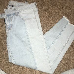 American eagle two toned light wash jegging crop
